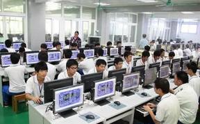 电子信息类专业是一个较量宽口径的专业